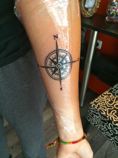 kräm för tatuering
